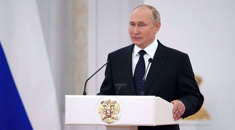 Putin warns of risk of new arms race in Europe