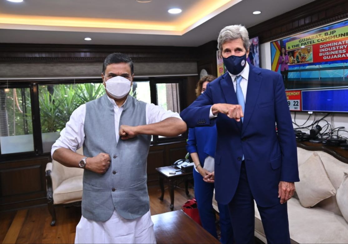 US delegation led by John Kerry lauds India's commitment to achieve 450 GW of RE by 2030