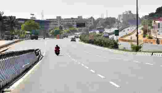 Neighboring districts of Chennai regulating vehicle entry